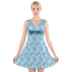 Snowflakes Winter Christmas V-Neck Sleeveless Skater Dress