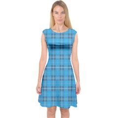 The Checkered Tablecloth Capsleeve Midi Dress