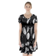 Black And White Floral Abstraction Short Sleeve V Neck Flare Dress