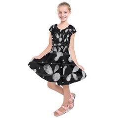Black and white floral abstraction Kids  Short Sleeve Dress