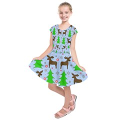 Reindeer and Xmas trees  Kids  Short Sleeve Dress