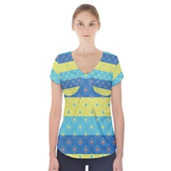Hexagon And Stripes Pattern Short Sleeve Front Detail Top