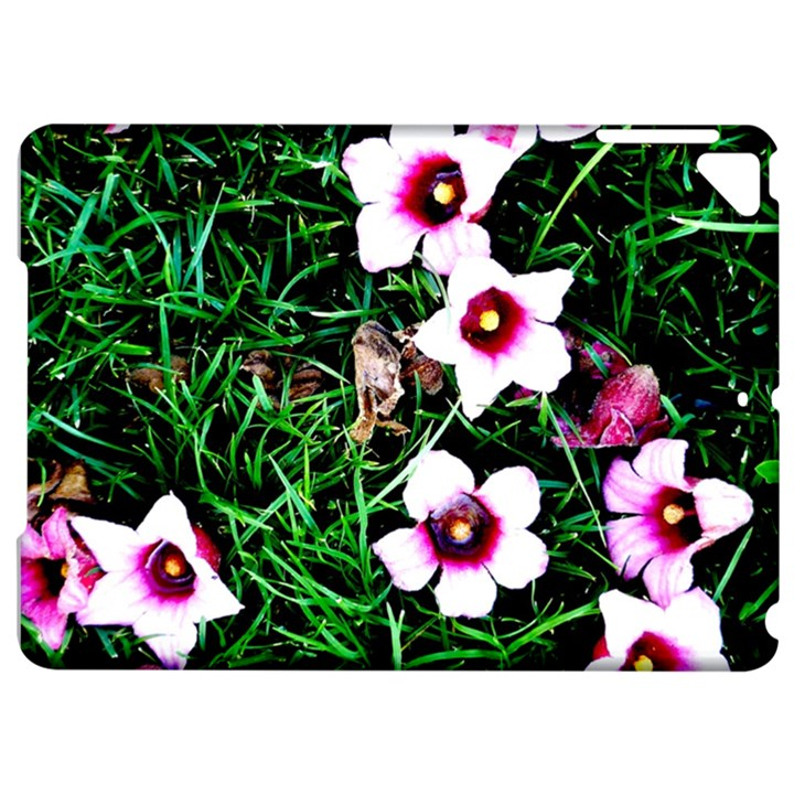 Pink Flowers Over A Green Grass Apple iPad Pro 9.7   Hardshell Case
