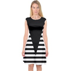 Black & White Stripes Big Triangle Capsleeve Midi Dress