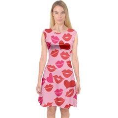 Valentine s Day Kisses Capsleeve Midi Dress