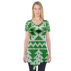 Knitted Fabric Christmas Pattern Vector Short Sleeve Tunic