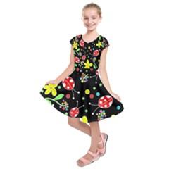 Flowers and ladybugs Kids  Short Sleeve Dress