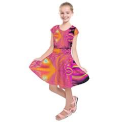 Magenta Boardwalk Carnival, Abstract Ocean Shimmer Kids  Short Sleeve Dress