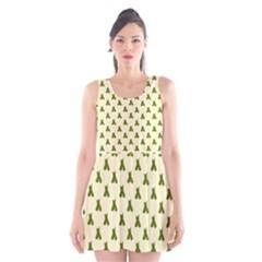 Leaf Pattern Green Wallpaper Tea Scoop Neck Skater Dress