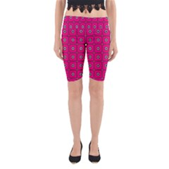 Pink Pattern Squares Design Yoga Cropped Leggings