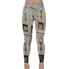Post Office Old Vintage Building Classic Yoga Leggings