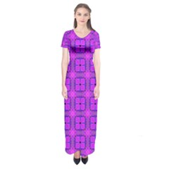 Abstract Dancing Diamonds Purple Violet Short Sleeve Maxi Dress