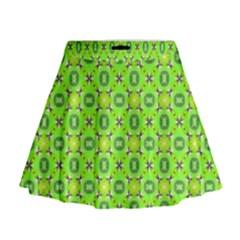 Vibrant Abstract Tropical Lime Foliage Lattice Mini Flare Skirt