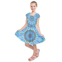 Sapphire Ice Flame, Light Bright Crystal Wheel Kids  Short Sleeve Dress