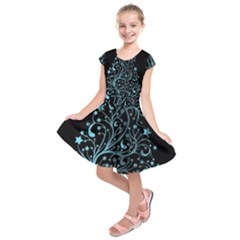 Elegant Blue Christmas Tree Black Background Kids  Short Sleeve Dress