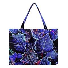 Blue Leaves In Morning Dew Medium Tote Bag