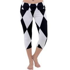 Chevron Black Copy Capri Yoga Leggings