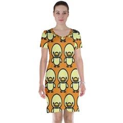 Small Duck Yellow Short Sleeve Nightdress