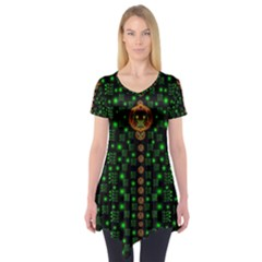 Tulips In The Night Of Stars Short Sleeve Tunic
