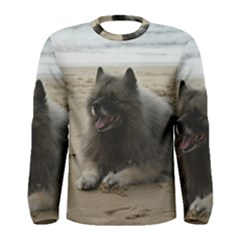 Keeshond On Beach  Men s Long Sleeve Tee