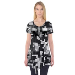 Noise Texture Graphics Generated Short Sleeve Tunic