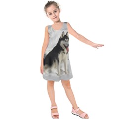 Siberian Husky Sitting in snow Kids  Sleeveless Dress