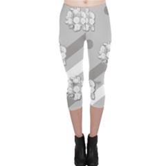 Stripes Pattern Background Design Capri Leggings