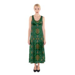 Magic Peacock Night Sleeveless Maxi Dress
