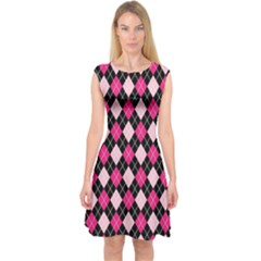Argyle Pattern Pink Black Capsleeve Midi Dress