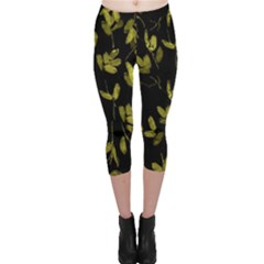 Dark Floral Print Capri Leggings