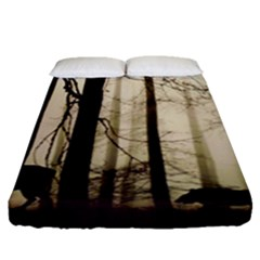 Forest Fog Hirsch Wild Boars Fitted Sheet (Queen Size)