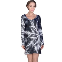 Snowflake in feather look, black and white Long Sleeve Nightdress