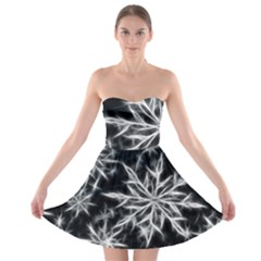 Snowflake In Feather Look, Black And White Strapless Bra Top Dress