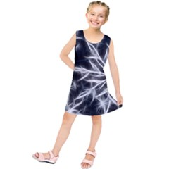 Snowflake in feather look, black and white Kids  Tunic Dress