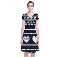 Elegant harts pattern Short Sleeve Front Wrap Dress