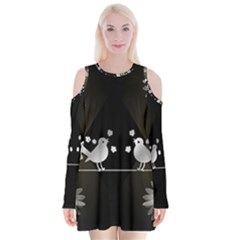Daisy Bird Twitter News Gossip Velvet Long Sleeve Shoulder Cutout Dress