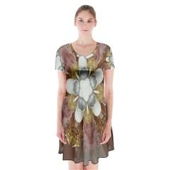 Elegant Antique Pink Kaleidoscope Flower Gold Chic Stylish Classic Design Short Sleeve V-neck Flare Dress