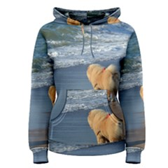 Chow Chow On Beach Women s Pullover Hoodie