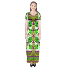 Smile And The Whole World Smiles With You Short Sleeve Maxi Dress