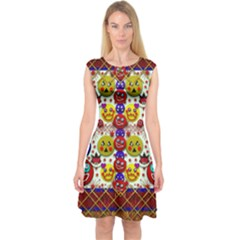 Smile And The Whole World Smiles  On Capsleeve Midi Dress