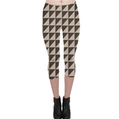 Brown Triangles Background Pattern  Capri Leggings