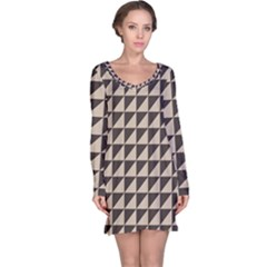 Brown Triangles Background Pattern  Long Sleeve Nightdress