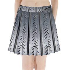 Mature Black Auto Altreifen Rubber Pattern Texture Car Pleated Mini Skirt