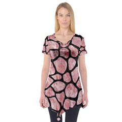 Skin1 Black Marble & Red & White Marble Short Sleeve Tunic