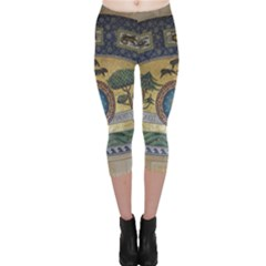 Peace Monument Werder Mountain Capri Leggings