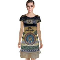 Peace Monument Werder Mountain Cap Sleeve Nightdress