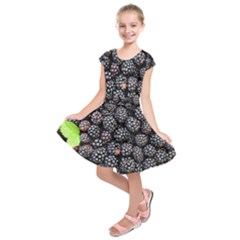 Blackberries Background Black Dark Kids  Short Sleeve Dress