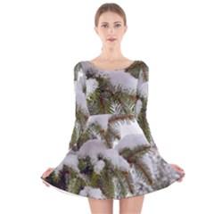 Brad Snow Winter White Green Long Sleeve Velvet Skater Dress