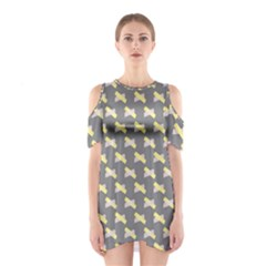 Hearts And Yellow Crossed Washi Tileable Gray Shoulder Cutout One Piece