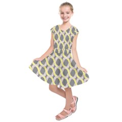 Hearts And Yellow Washi Zigzags Tileable Kids  Short Sleeve Dress